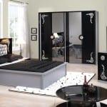 Yatak-Odasında-Siyah-Modası-