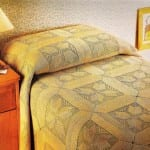 dantel-yatak-örtüsü-motifli