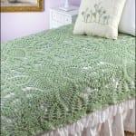 yeşil-tığ-işi-dantel-yatak-örtüsü