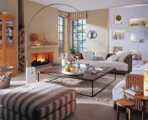 şömineli modern salon dekorasyonu