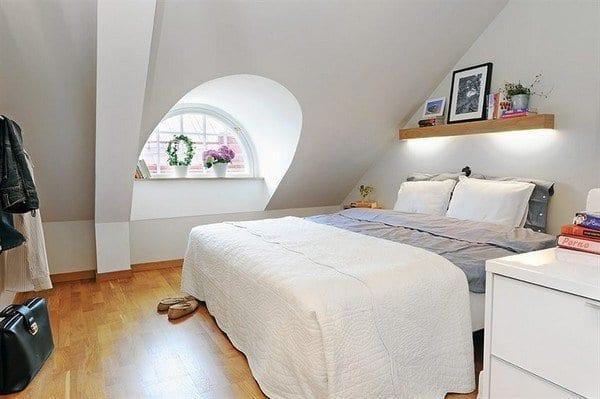 Modern Çatı Katı yatak odası
