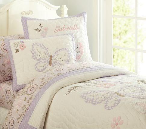 Kız odalarına zarif yatak örtüleri
