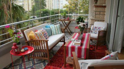 Keyifli Kış Balkonu Dekorasyon Önerileri