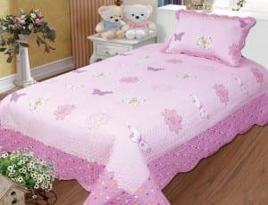 kelebek-tek-kisilik-genc-desenli yatak örtüsü