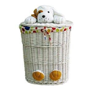 oyuncaklı çamaşır sepeti