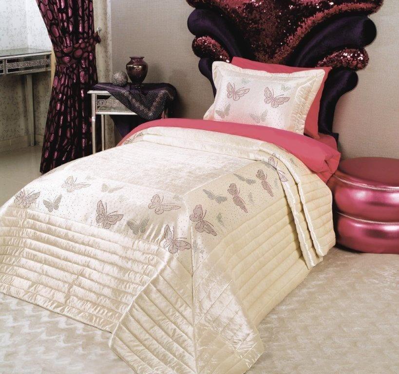 Pelerins Genç Kız Odaları Yatak Örtüsü