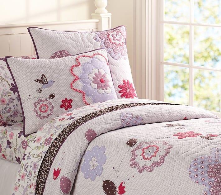 Kız Çocuğu Odaları İçin Yatak Örtüsü