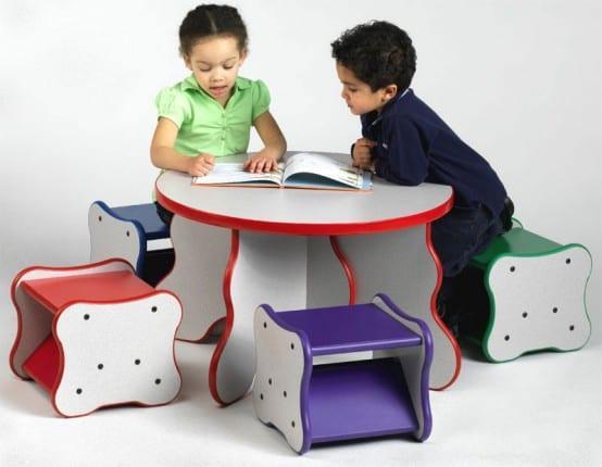 çocuk çalışma masaları