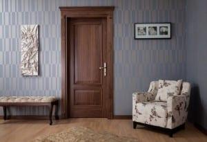 Klasik ahşap kapı