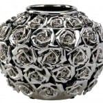 Yuvarlak gül desenli gümüş vazo
