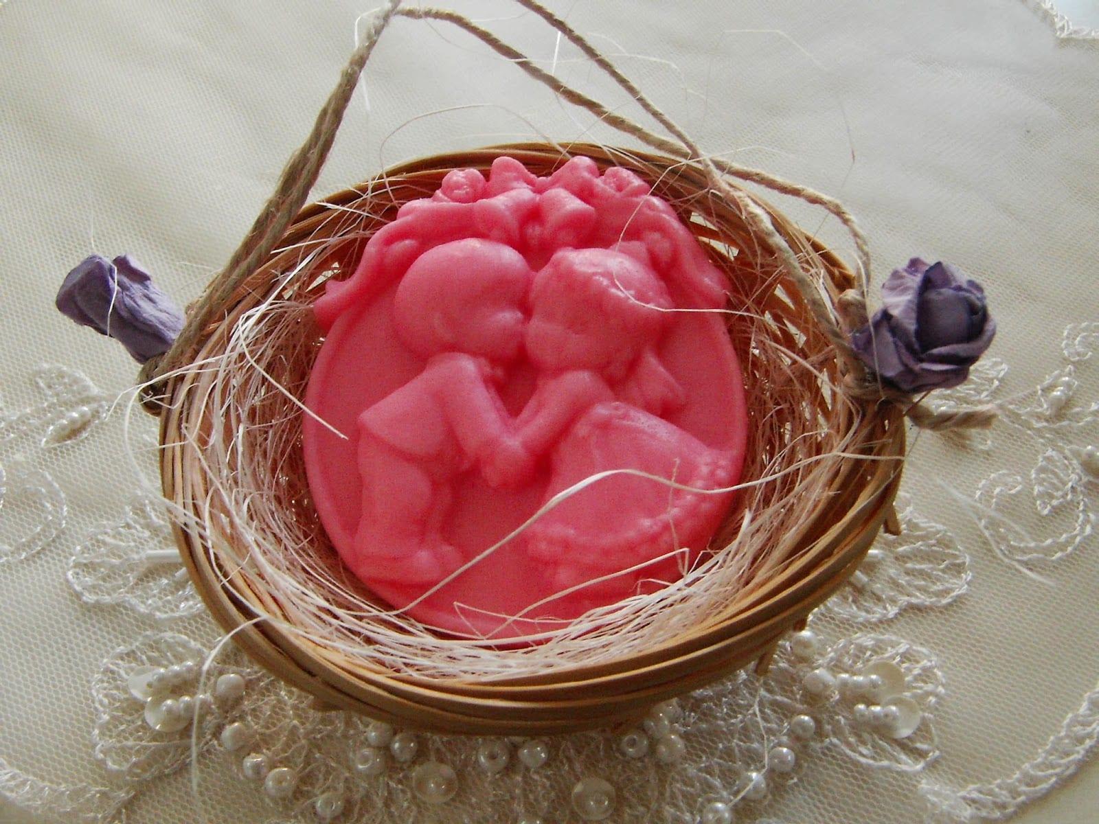 el yapımı dekoratif sabun modelleri