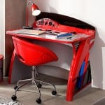 erkek çocuk çalışma masası