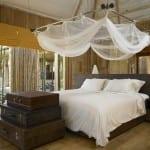 göz alıcı cibinlikli yatak odası dekorasyonu