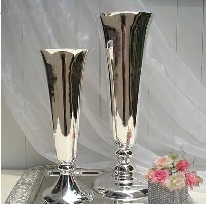 gümüş vazolar
