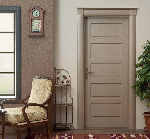 krem rengi ahşap oda kapısı