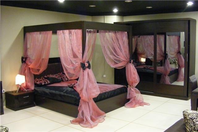 yatak odası cibinlikli dekorasyon modelleri
