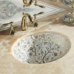 altın yaldız desenli klasik tarz lavabo