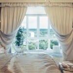 beyaz modern yatak odasi perde modeli