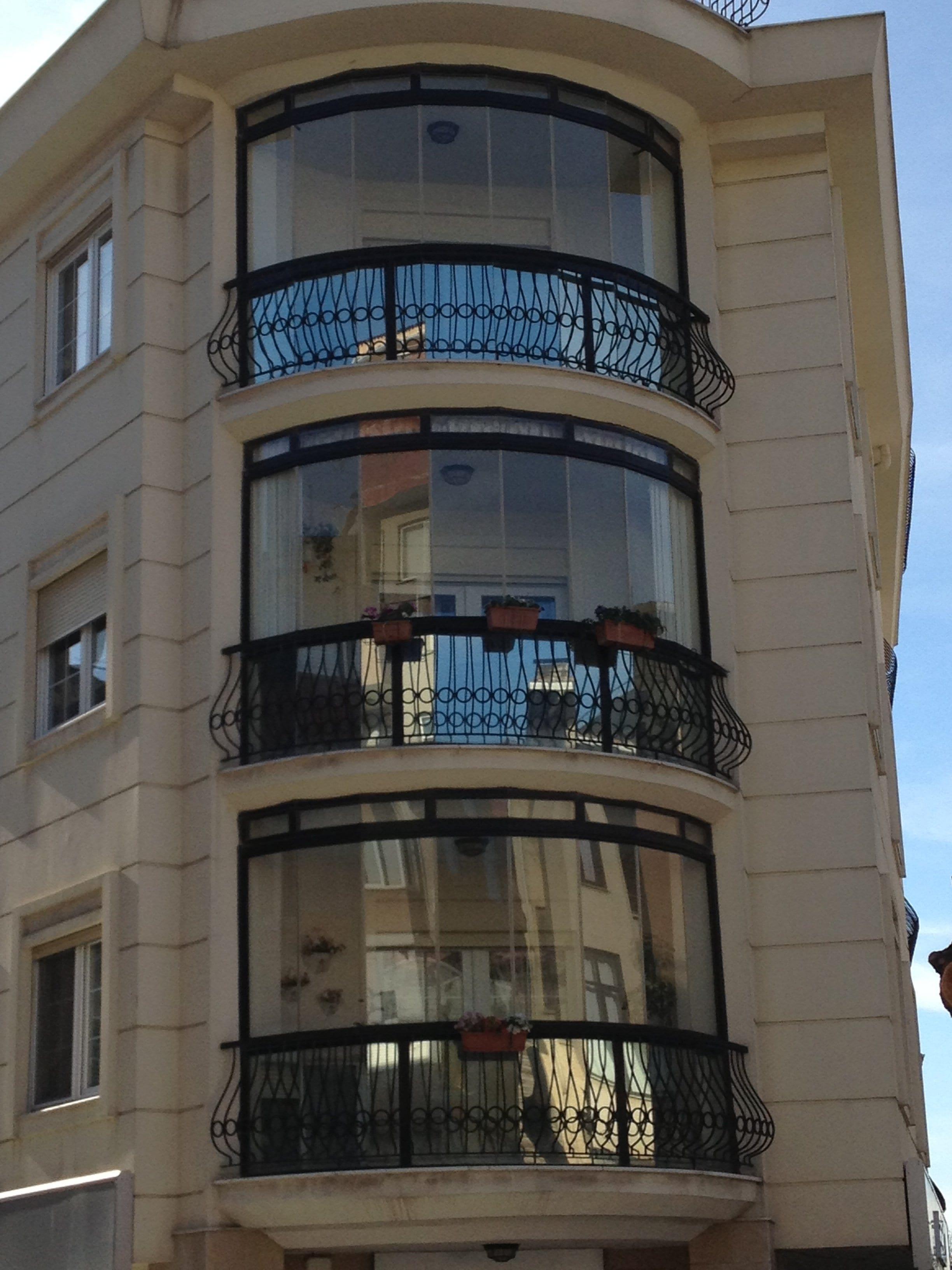 Balkonlara modern cam kapatma sistemleri 2014 2015 dekorstyle - Cam Balkon 2015 Dekorstyle