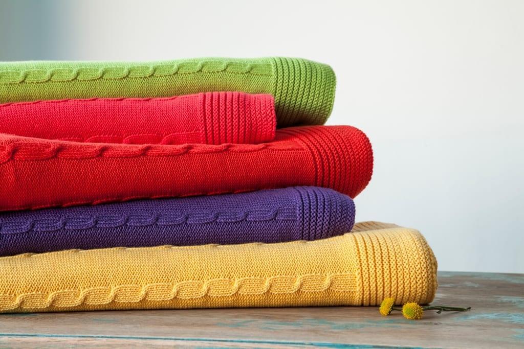 karaca home rengarenk triko battaniye modelleri