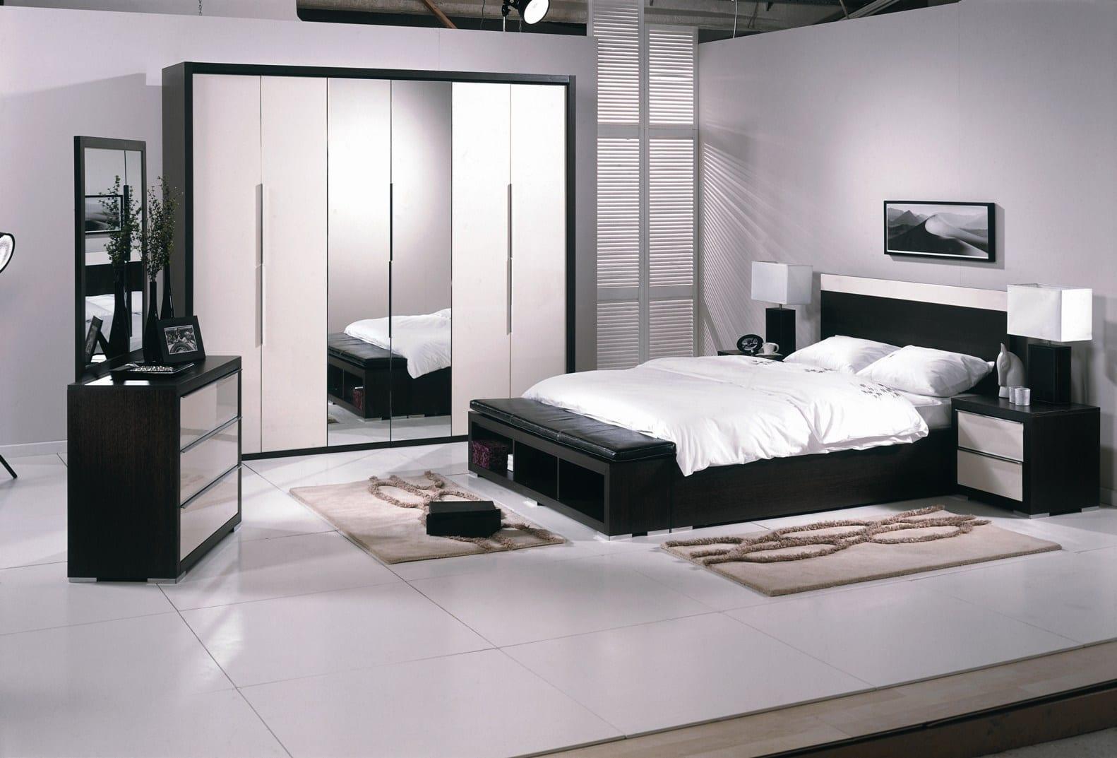 siyah beyaz tekzen Yatak Odasi
