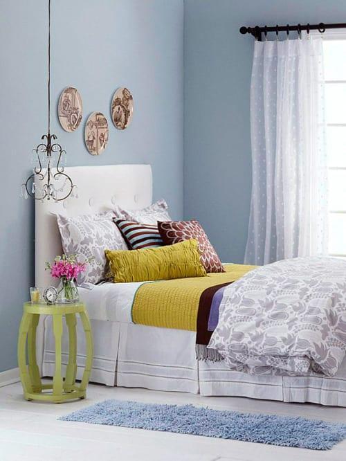 tek kisilik goz alici yatak oda dekorasyonu