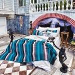 vande çizgi desenli yatak örtüsü