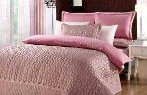 Yataş Pudra Rengi Yatak Örtüsü
