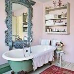 banyo dekorasyonunda romantik tarz