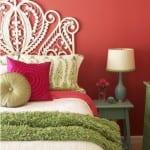 beyaz dekoratif yatak basi