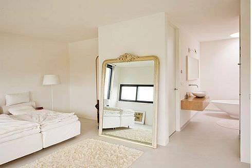 buyuk aynali yatak odalari
