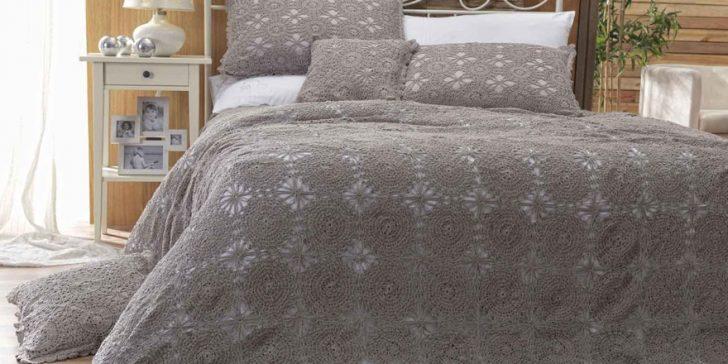 Yeni Moda El Yapımı Dantel Yatak Örtüsü Modelleri 2015