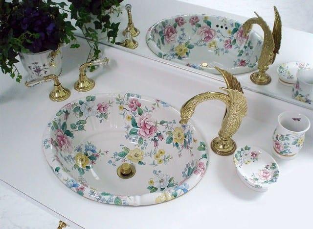 En Güzel Klasik Tarz Banyo Lavabosu Modelleri