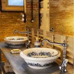 klasik tarz cini desenli lavabo modeli