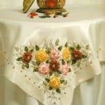 kurdela nakıslı masa ortu