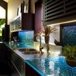 modern renkli cam mutfak tezgah modelleri