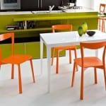 turuncu beyaz mutfak masa takimi