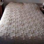 yıldız motifli dantel yatak ortusu
