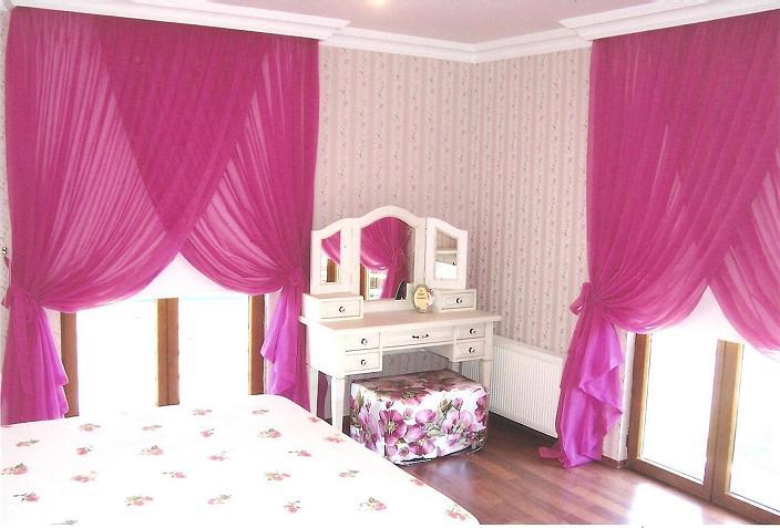 yeni trend yatak odasi renkli tul perde modelleri