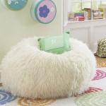 beyaz dekoratif pelus puf minder modeli