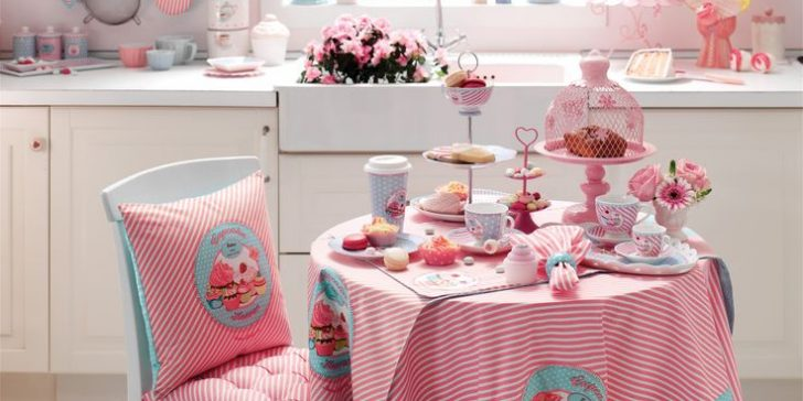 English Home Yeni Moda Mutfak Masa Örtüsü Modelleri 2015