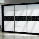 siyah beyaz yeni moda gardrop modeli