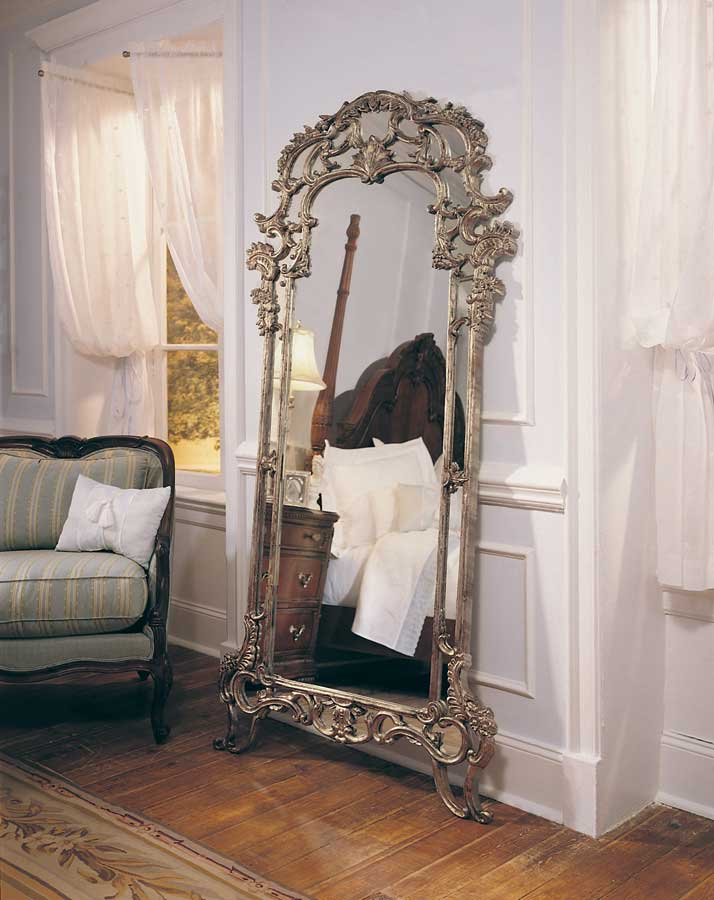 yatak odasi antika ayna
