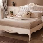 country antik yatak odasi