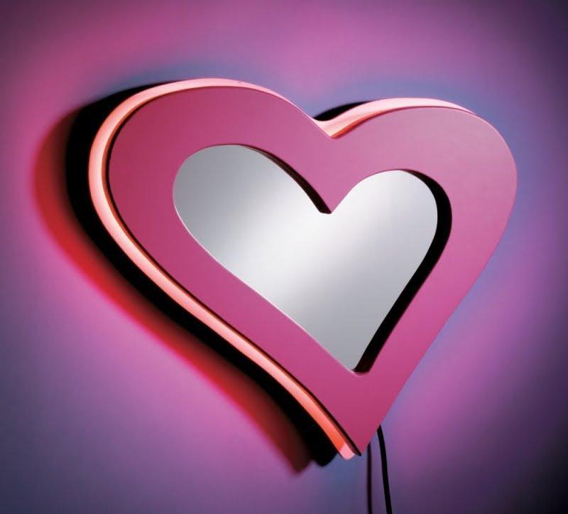 kalp modeli dekoratif ayna