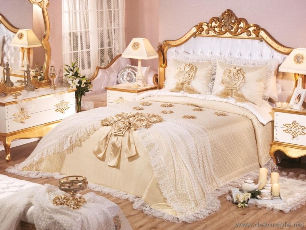 499tl Gulfem çift kişilik yatak örtüsü