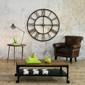 Dekoratif büyük saat tasarımları