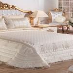 Elart bella yatak örtüsü
