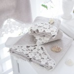 english home dantelli banyo havlulari