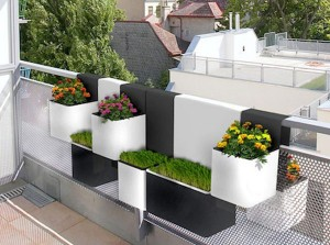 modern balkon saksi modelleri